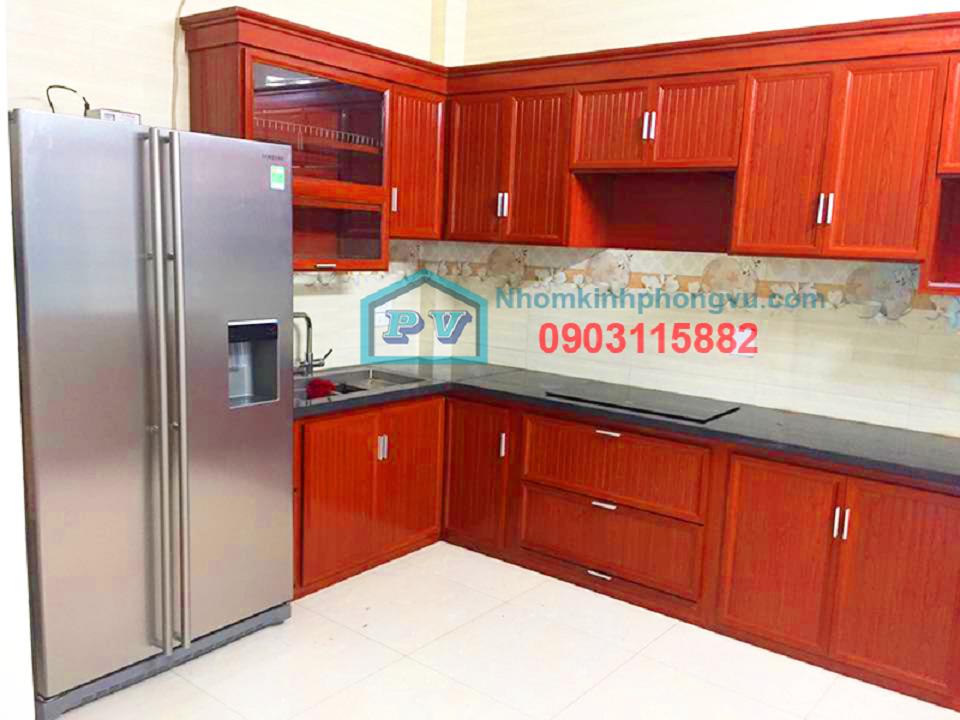 tủ bếp nhôm kính màu vân gỗ