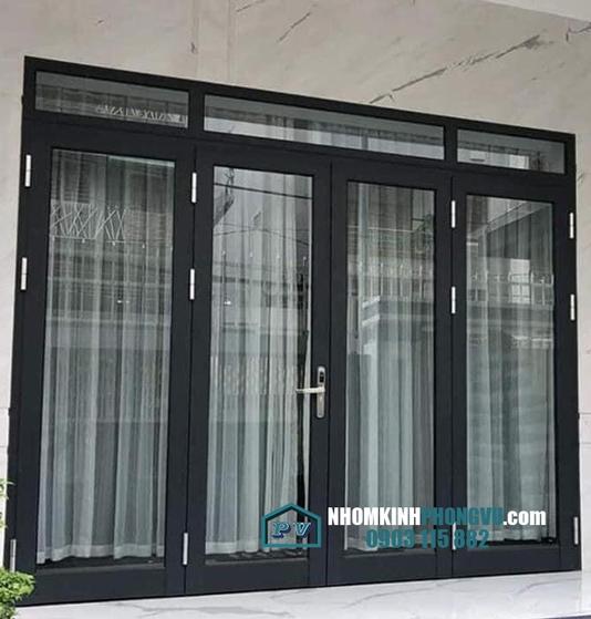 Lắp đặt cửa đi nhôm 4 cánh tại nhà anh Đức, đường Pasteur, P6, Quận 3