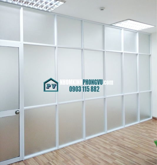 Làm vách nhôm kính văn phòng giá rẻ tại khu công nghiệp Tân Tạo, Phường Tân Tạo A, Quận Bình Tân, TPHCM