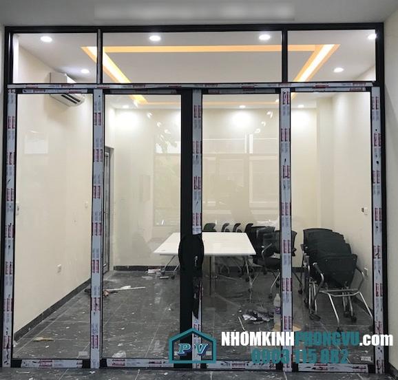 Lắp đặt cửa nhôm xingfa 4 cánh tại Hương lộ 80, Vĩnh Lộc A, Bình Chánh, TPHCM