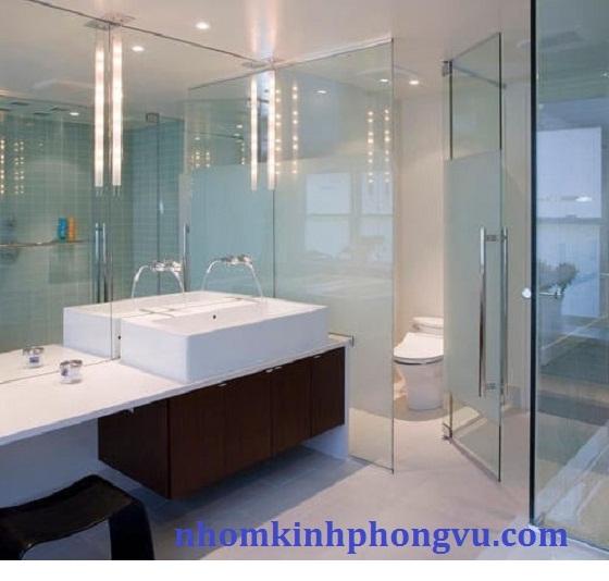 Mẫu phòng tắm kính cường lực PTK05